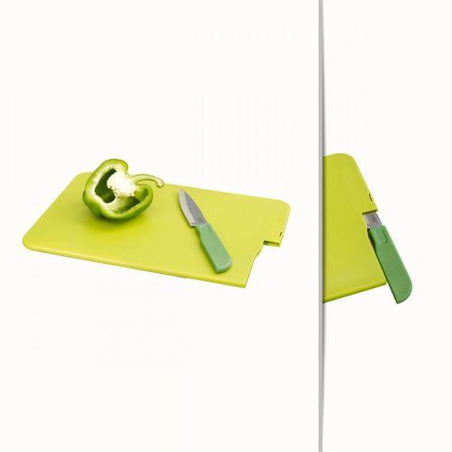 Tabua-de-corte-com-faca-verde