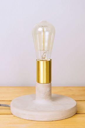 Luminaria-mesa-concreto-dourada-201