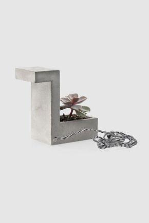 Luminaria-de-mesa-vaso-concreto