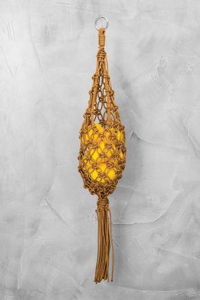 Fruteira-macrame-pendente-dourada