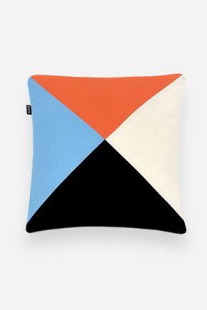 Capa-de-almofada-triangulos