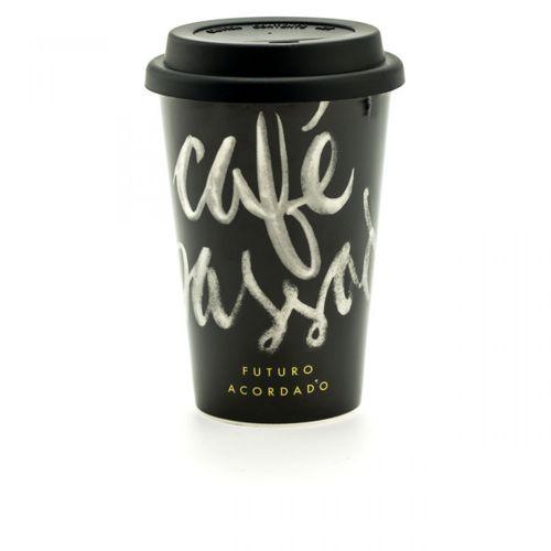 Copo-para-viagem-cafe-passado