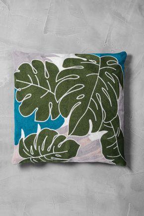 Capa-de-almofada-bordada-folhas