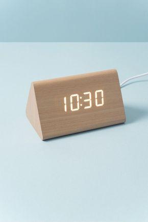 Relogio-despertador-madeira