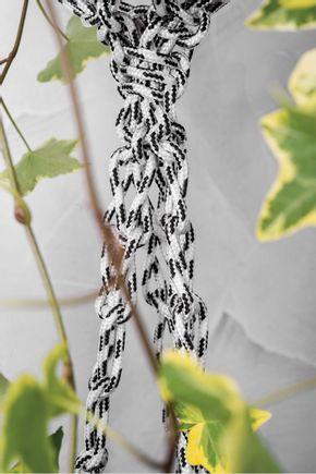 Hanger-duplo-preto-e-branco