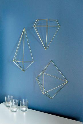 Prisma-decorativo-dourado