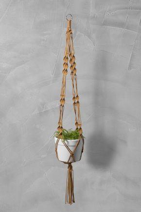 Hanger-macrame-dourado
