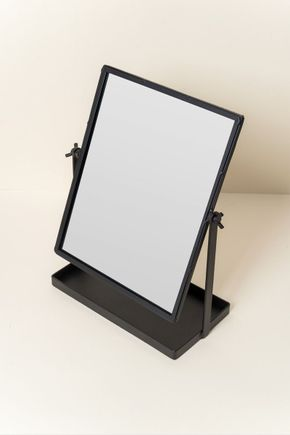 Espelho-de-mesa-com-base-preto