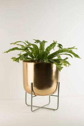 Vaso-de-chao-metal-dourado