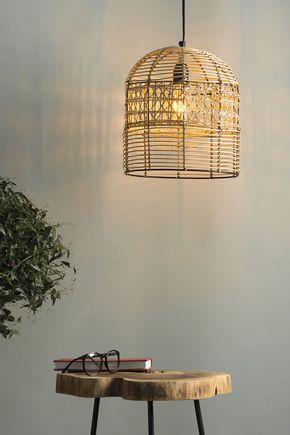 Luminaria-pendente-de-rattan-e-palha