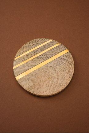 Porta-copo-madeira-filete-dourado