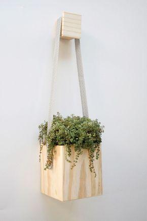Vaso-pendente-cubo-madeira