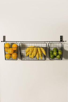 Fruteira-parede-metal-preta