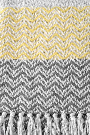 Manta-chevron-cinza-e-amarelo