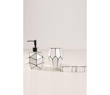 Conjunto-geometrico-de-banheiro