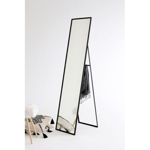 Espelho-de-chao-metal-preto