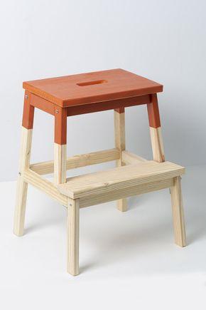 Banco-escada-de-madeira-terracota