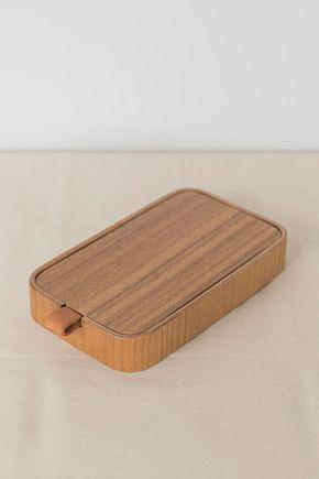 Porta-bijoux-com-espelho-de-madeira