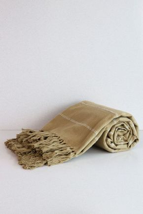 Manta-mostarda-linhas-cru