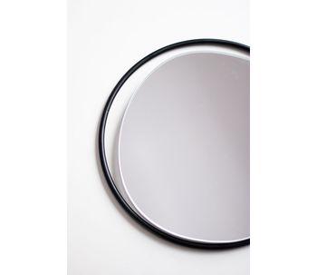 Espelho-com-aro-de-metal